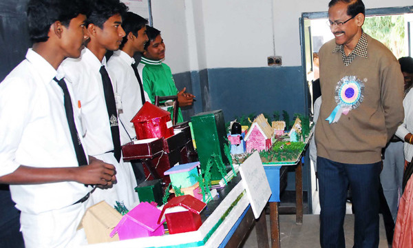 inter school science exhibition at ispat english medium school