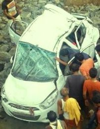 car fell off a bridge and two died