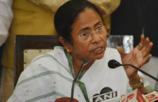 Mamata announces oust BJP campaign, says it end with under 100 LS seats in 2019