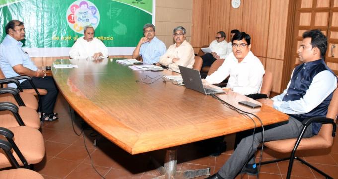 CM to start odiya chair in Gujarat and hyderabad soon