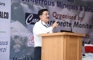 Dr. T.K Chand receives Knowledge Excellence Award for Outstanding Contribution in Aluminium Knowledge domain