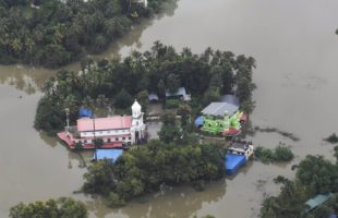 Kerala toll 370, over 7 lakh in camps