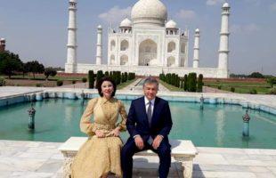 Uzbek President fascinated by Taj's beauty