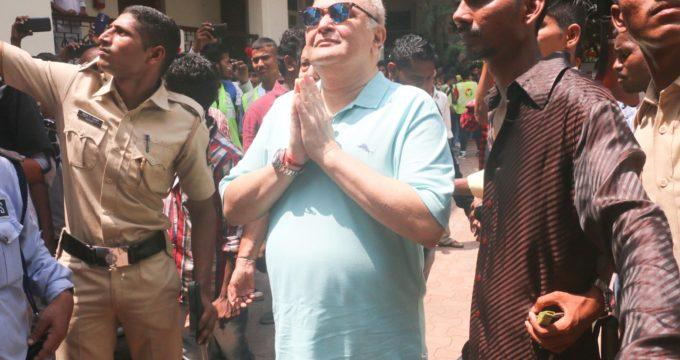 Rishi Kapoor unveils reason behind his grey hair