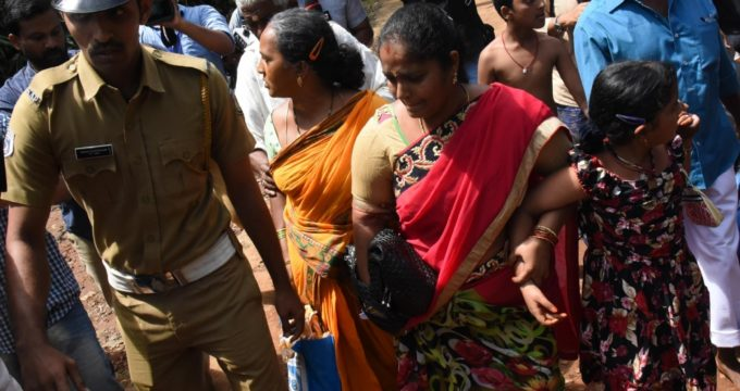 Protesters clash with police near Sabarimala, women turned back