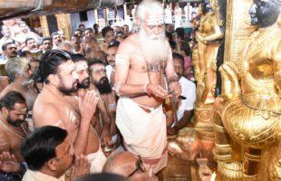 Kerala remains tense on 2nd day of Sabarimala season