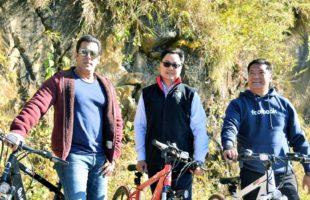 Salman goes cycling with Kiren Rijiju in Arunachal Pradesh