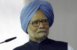 Patel's resignation severe blow to economy: Manmohan Singh