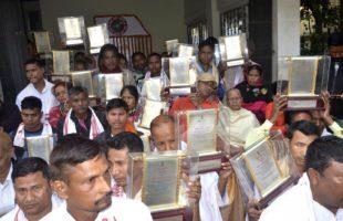 Kin of Assam Movement martyrs return mementos
