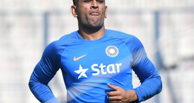 2nd ODI: Dhoni, Kohli power India to series levelling win