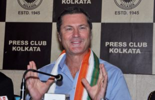 Umpire Taufel backs Hardik, Rahul