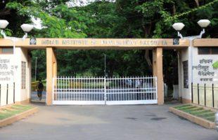 IIM Calcutta achieves 100% placement