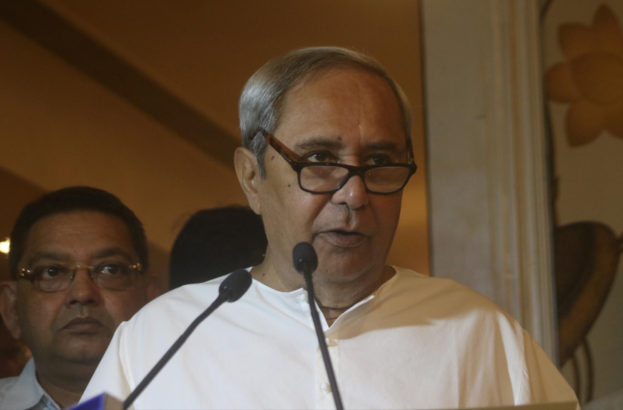 Odisha: Naveen reviews post-cyclone situation in Kendrapara