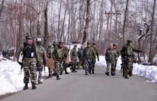 2 soldiers, militant killed in J&K gunfight