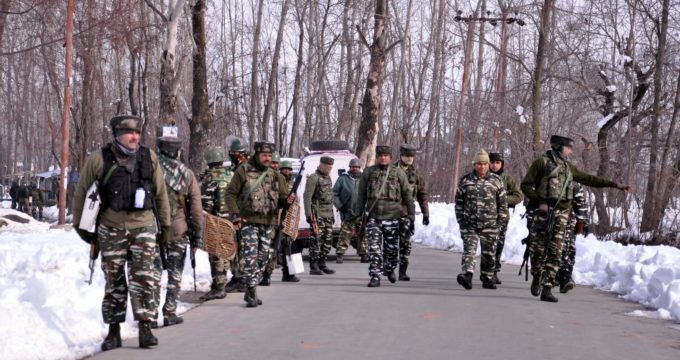 2 soldiers, militant killed in J&K gunfight