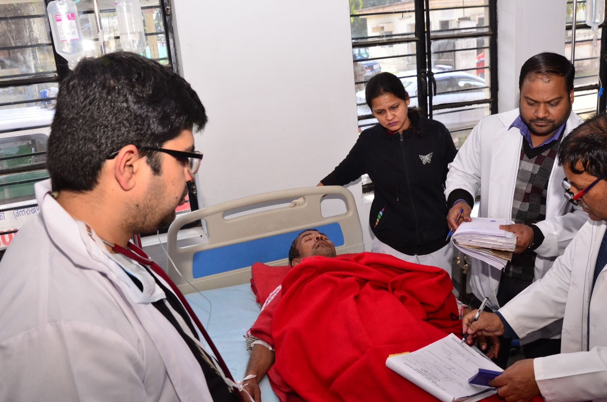 97 die in UP-Uttarakhand hooch tragedy, 215 arrested