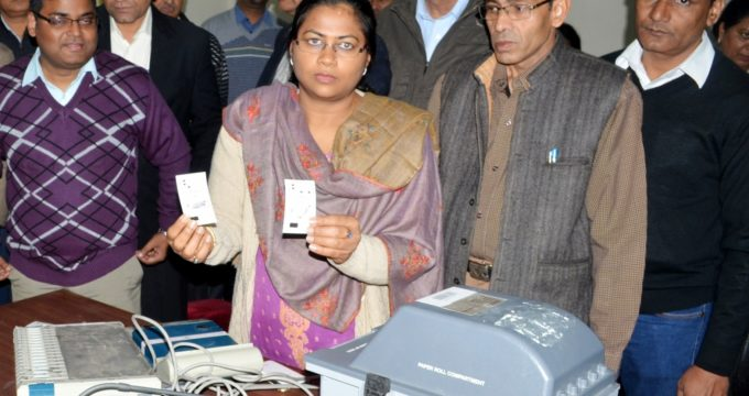 EC introduces steps to improve voting process