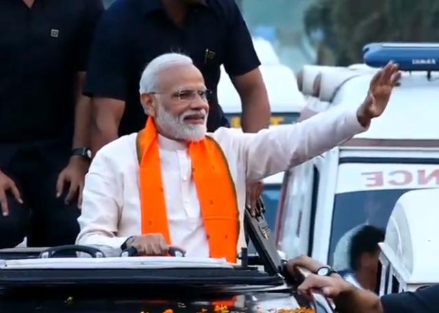 Modi holds campaign roadshow in Bhubaneswar