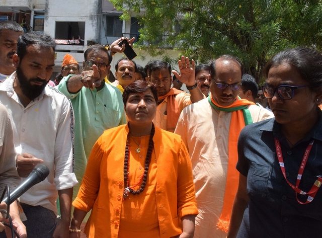 Sadhvi Pragya callls Godse 'deshbhakt', BJP seeks public apology