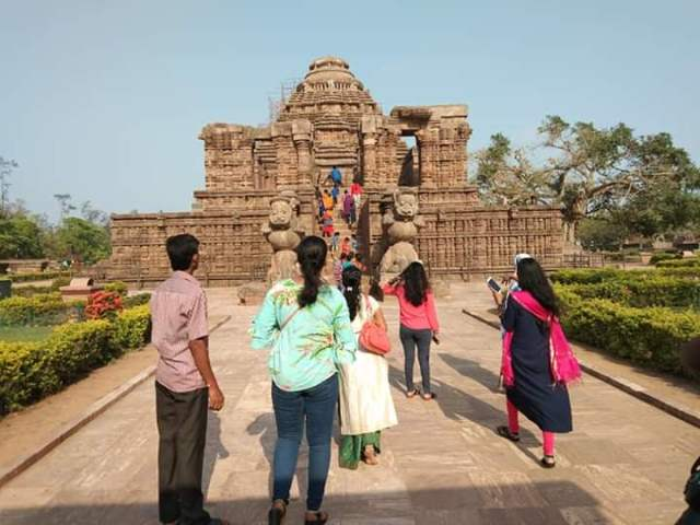 Sun Temple at Konark opens to public after 11 days