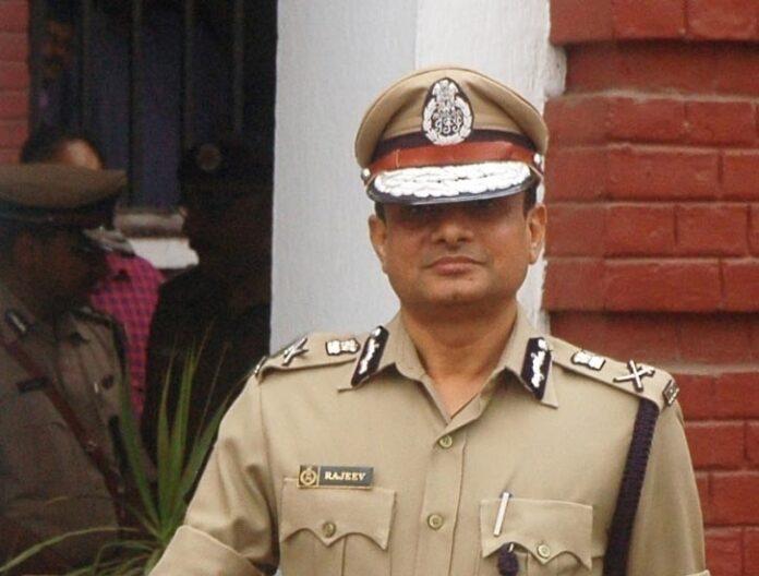 Ex-Kolkata top cop moves SC seeking protection from arrest