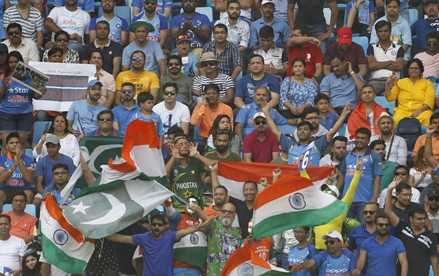 'Spotty showers' may affect much-awaited Ind-Pak clash