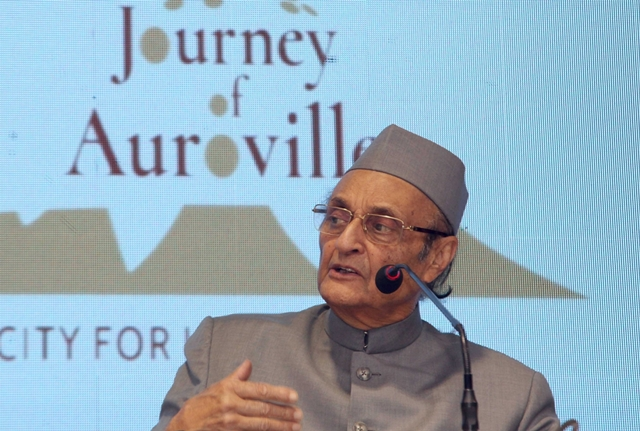 CWC under Manmohan should decide interim Congress chief: Karan Singh