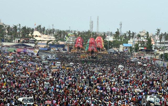 Lakhs participate in Bahuda Yatra in Puri