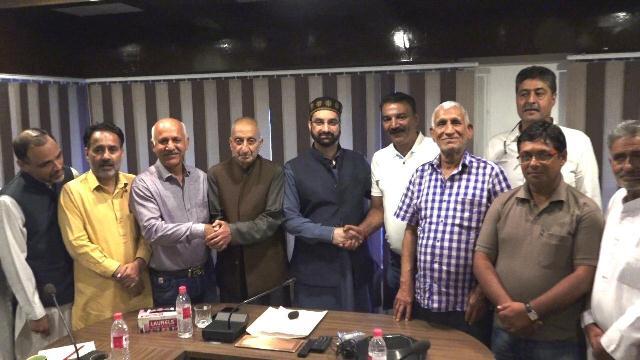 Efforts to help migrant Pandits' return to Kashmir gain momentum