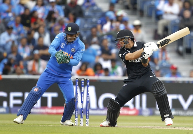 Dhoni's run out was crucial, believes Ross Taylor