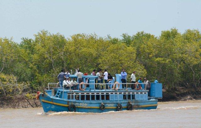 Odisha initiates its foray into houseboat tourism