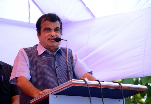 Delhi-bound flight with Gadkari on board aborted at Nagpur